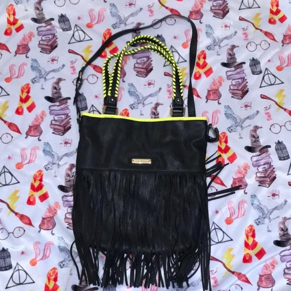 Steve Madden Handbags - Steve Madden fringe bag